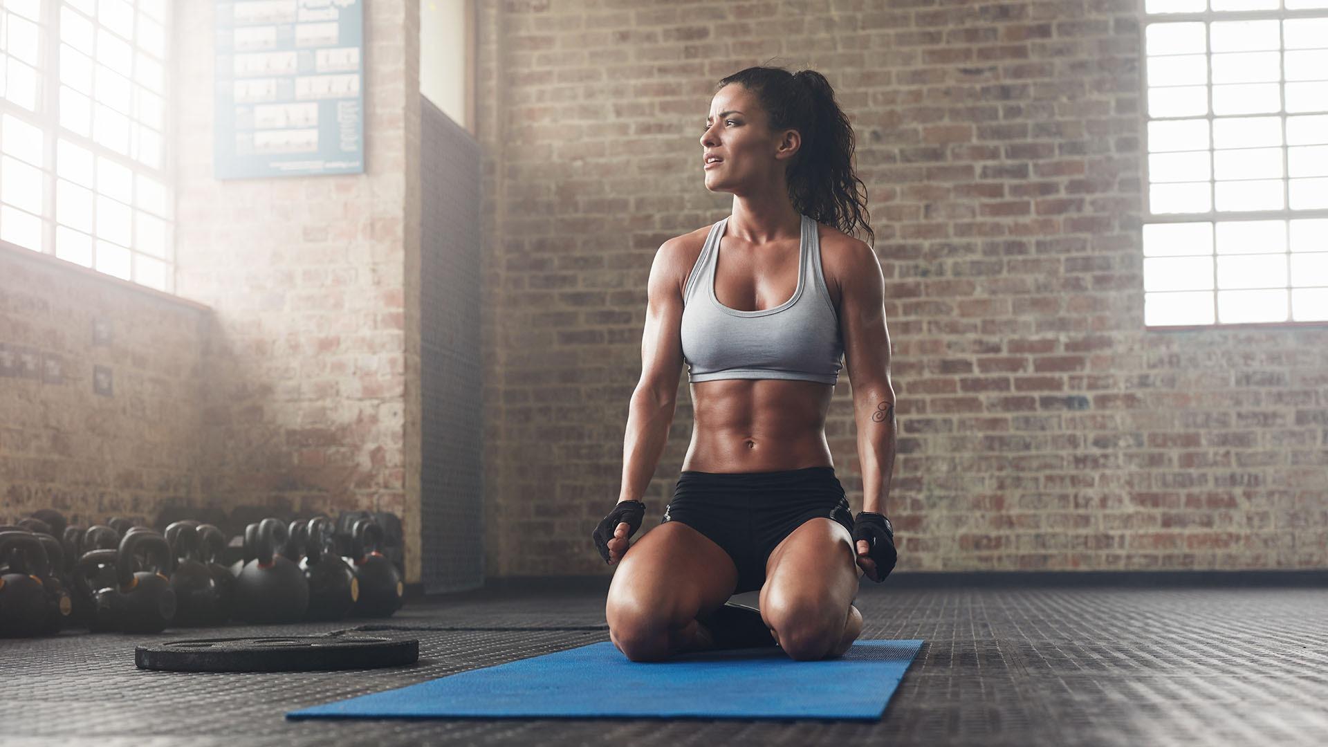 Как сжечь сотни калорий и убрать жир с живота без тренажерного зала