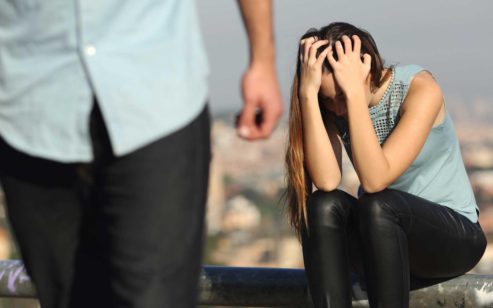 Почему мужчина уходит от женщины, которую любит?