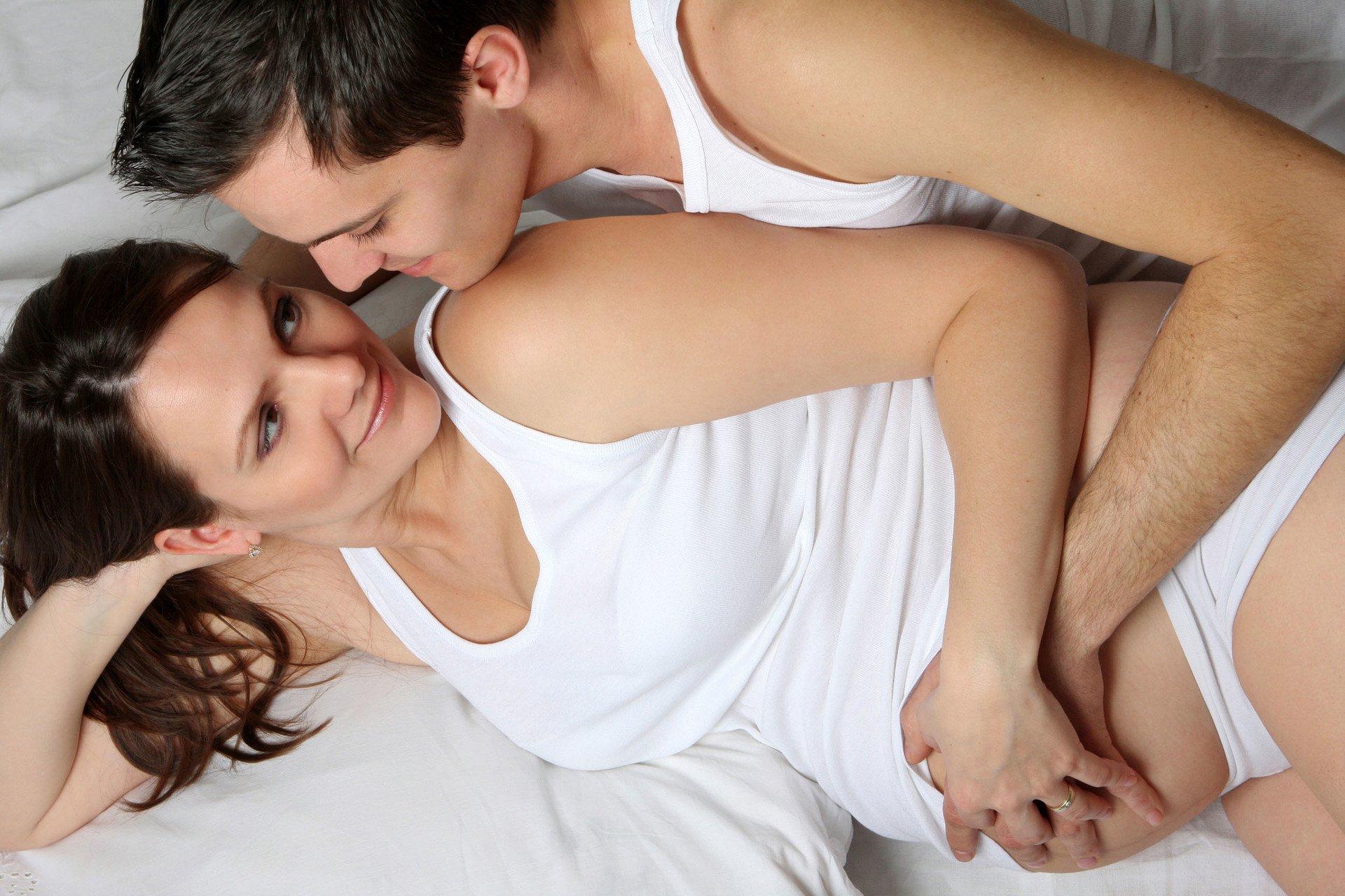 Можно ли заниматься сексом во время беременности: выясняем правду