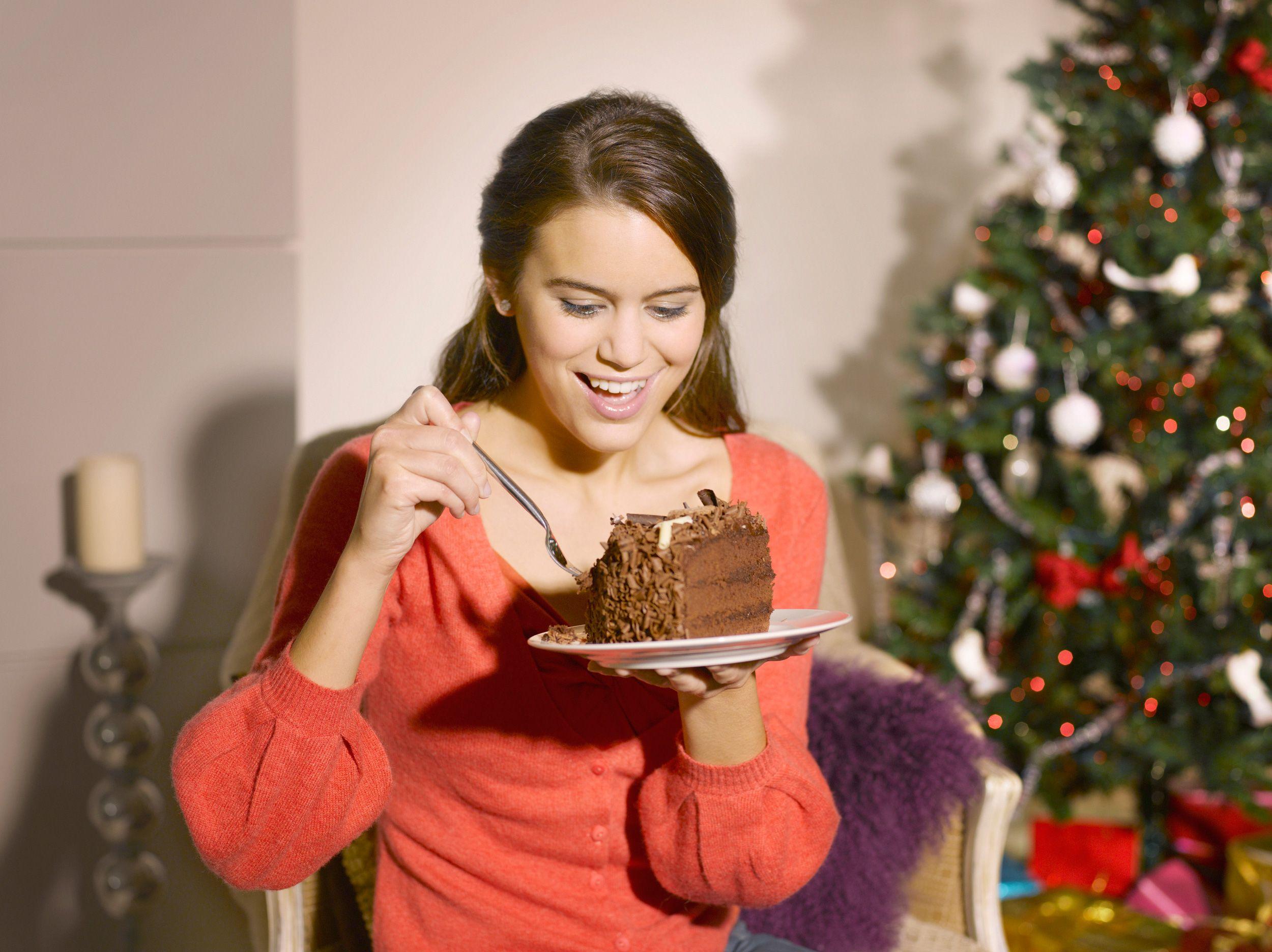 Как за новогодние праздники «сжечь» лишние килограммы?