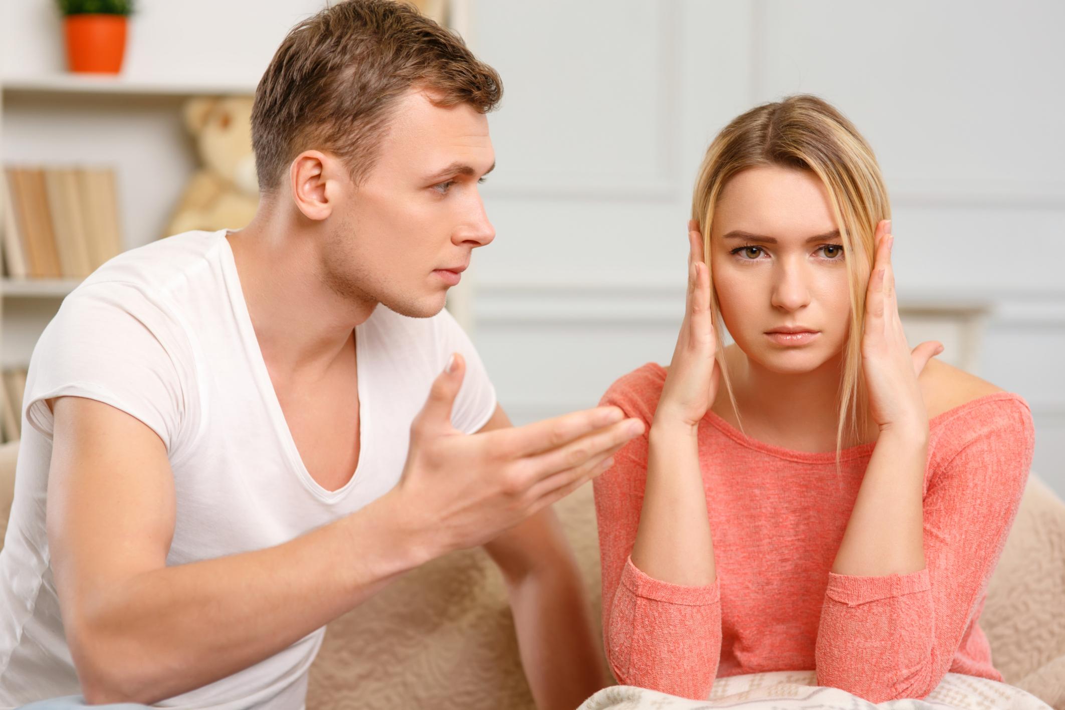 Достоверные признаки измены. Как с ней справляются женщины-психологи?