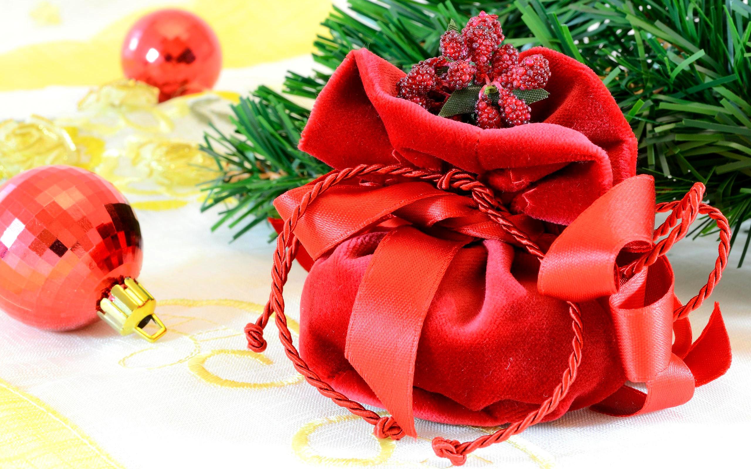 Как встречать Новый год: новогодние приметы и суеверия