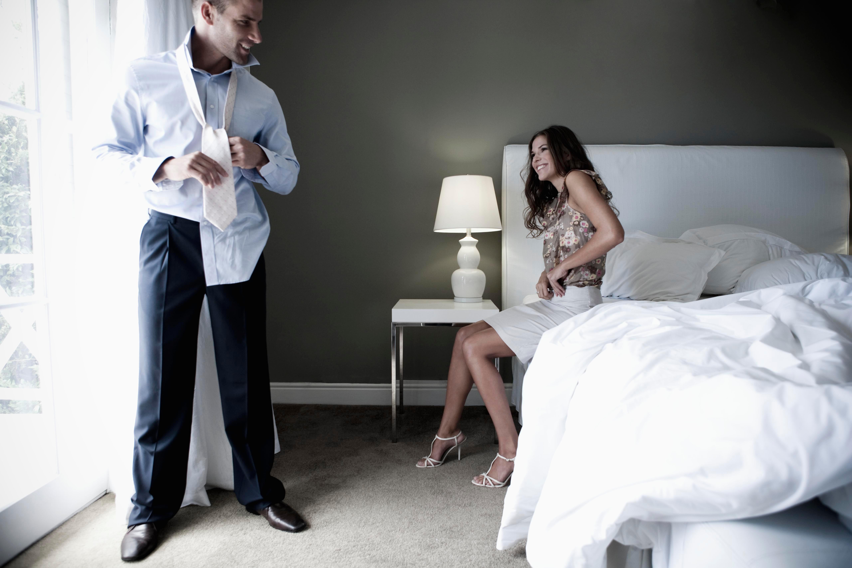 Мужчина завел любовницу с одобрения жены, чтобы заработать денег к Рождеству