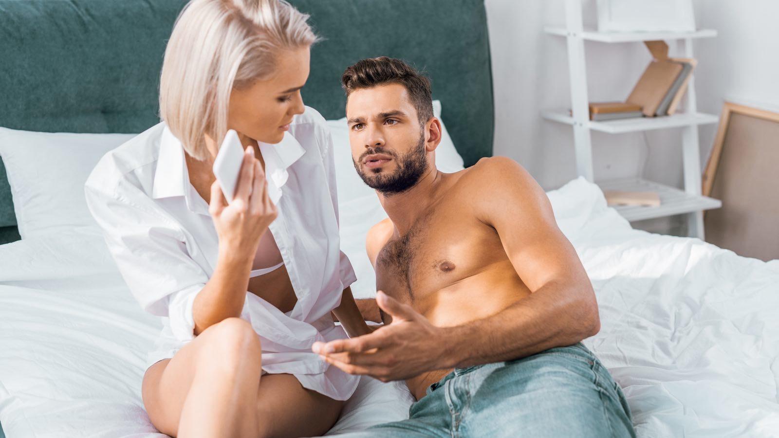 Почему россиянки изменяют мужьям?